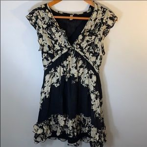 Free people ⭐️ black floral mini dress - XS